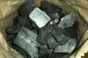 Древесный уголь своими руками: способы изготовления
